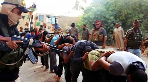 IS công khai hành hình 40 người trên đường phố Iraq