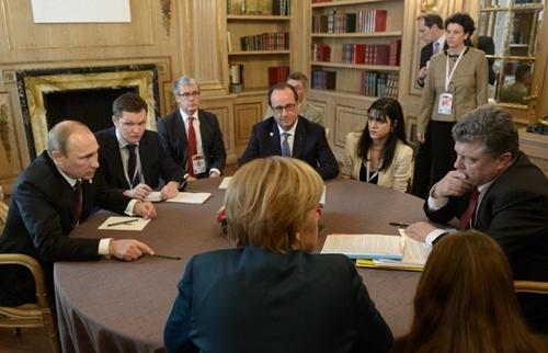 Ba nước châu Âu gây sức ép lên Putin về cuộc bỏ phiếu ở đông Ukraine