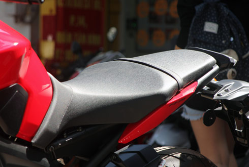 Yamaha-MT09-21_1414937888.jpg