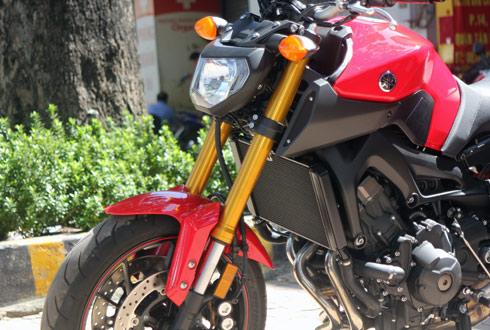 Yamaha-MT09-6.jpg