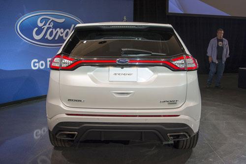 2015-ford-edge-sport-17-1.jpg