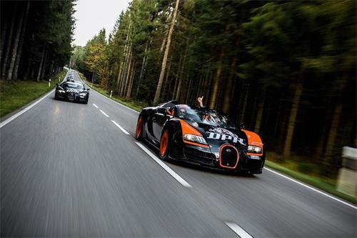 bugatti-veyron-3-3817-1416021452.jpg