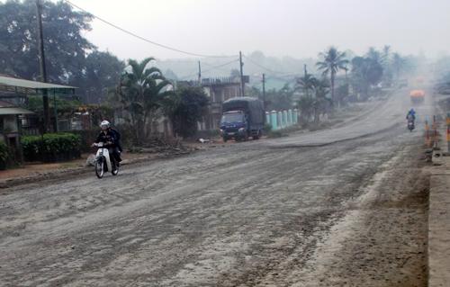 Sẽ 'trảm' nhà thầu để chậm tiến độ thi công đường Hồ Chí Minh