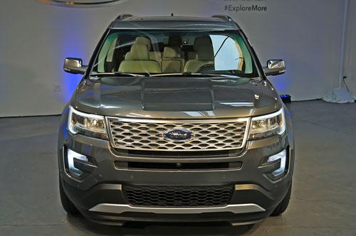 2016-Ford-Explorer-3.jpg