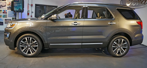 2016-Ford-Explorer-4.jpg