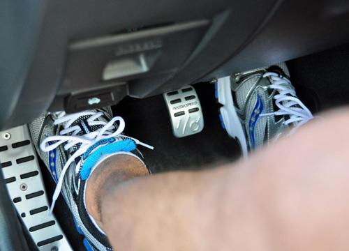 manual-gearbox-3589-1416477674.jpg