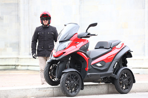 Quadro4 - môtô 4 bánh vượt địa hình