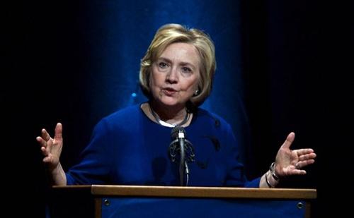 300.000 USD cho một bài phát biểu của Hillary Clinton