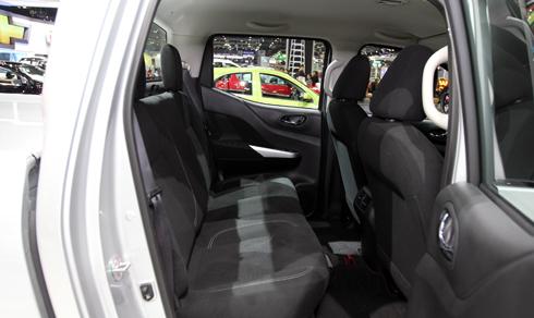 Nissan-Navara-10.jpg