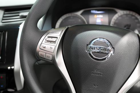 Nissan-Navara-16.jpg