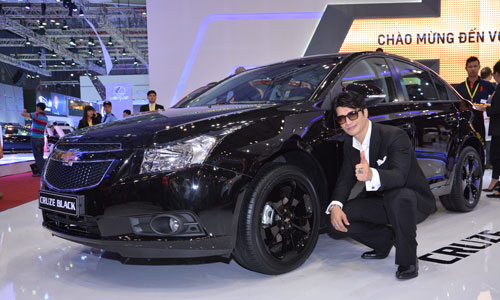 Chevrolet Cruze Black Editon tại Việt Nam Motor Show 2014.