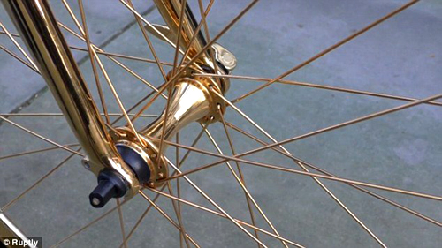 Goldgenie-golden-bicycle-03-spoke-wheel-