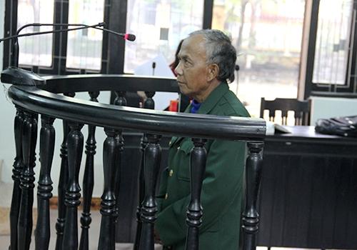 Cụ ông 67 tuổi lĩnh án vì 4 lần xâm hại trẻ em