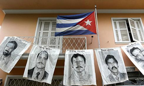 Các điệp viên trong cuộc trao đổi lịch sử giữa Mỹ và Cuba