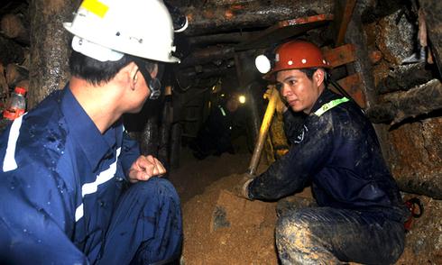 Chủ tịch Lâm Đồng: 'Đêm nay có thể thông hầm đến chỗ các nạn nhân'