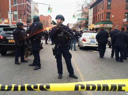 Tay súng Mỹ bắn chết hai cảnh sát rồi tự vẫn