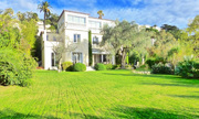 Biệt thự ở Pháp của Bạc Hy Lai được rao bán 8,5 triệu USD