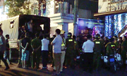 Trăm cảnh sát đột kích vũ trường lớn nhất Sài Gòn