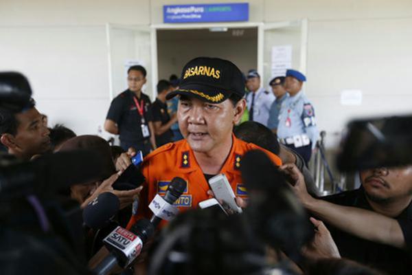 Hernanto, người đứng đầu lực lượng tìm kiếm và cứu hộ Indonesia, nói.