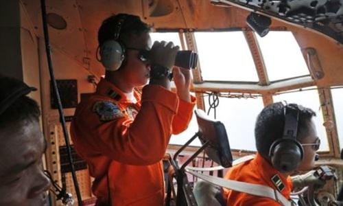 Indonesia đề nghị Mỹ giúp tìm máy bay mất tích