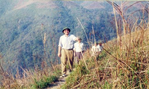 Ông Trần Công Trục trong một chuyến đi khảo sát trên biên giới Việt - Trung. Ảnh do nhân vật cung cấp