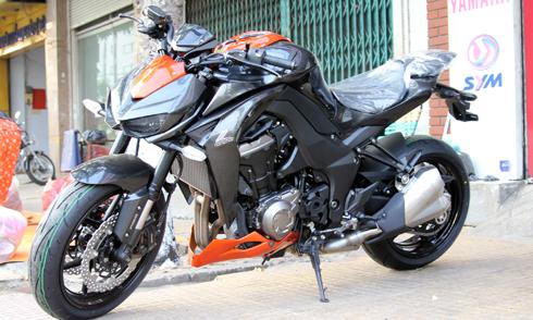 Kawasaki-Z1000-1-7503-1423104190.jpg