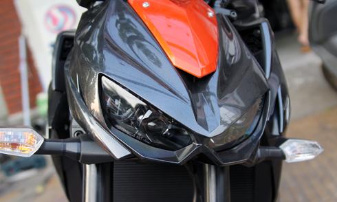 Kawasaki-Z1000-5.jpg