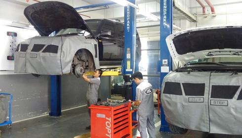 Ưu đãi bảo dưỡng xe Jaguar, Landrover dịp Tết
