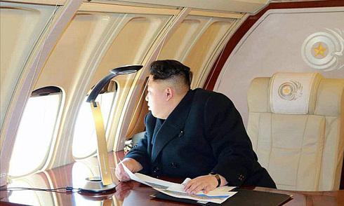 Nội thất chuyên cơ của Kim Jong-un lần đầu lộ diện