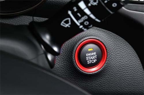 Hyundai-i30-2015-24.jpg