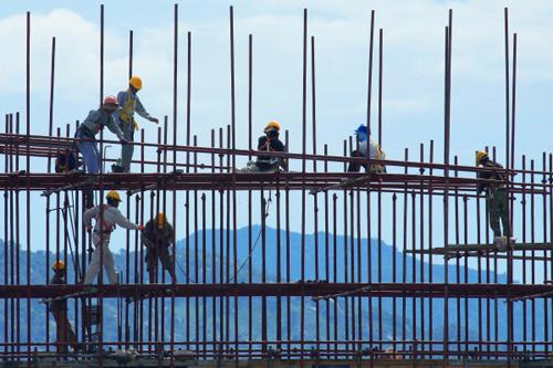 Lao động Việt tại Thái Lan sắp được hưởng đầy đủ quyền lợi
