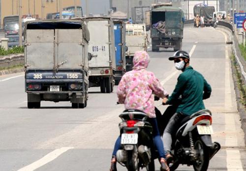 Xe máy đi vào đường cao tốc có thể bị tịch thu