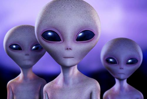 aliens-ET-4724-1424749765-7615-142502490