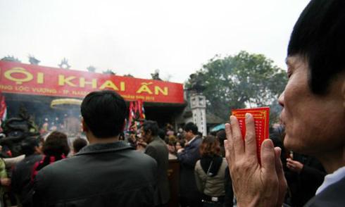 Viện trưởng Tôn giáo: 'Lãnh đạo cấp cao không nên dự khai ấn đền Trần'