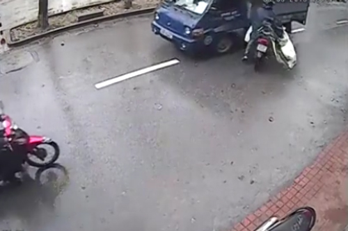 3 5639 1426048774 Video trộm xô ngã chủ tiệm cướp 25 triệu gây chú ý nhất cộng đồng