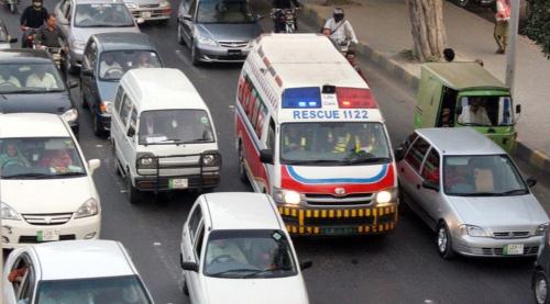 ambulance-1-2667-1426039991.jpg