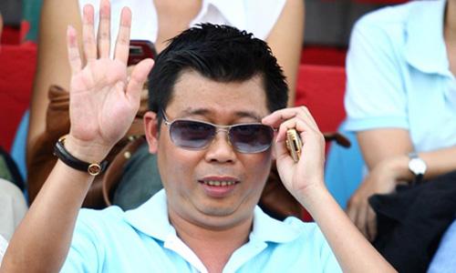 bau truong 3277 1426239258 Bầu Trường muốn mua CLB Anh, chê bóng đá Việt nửa nạc nửa mỡ