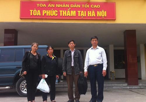 Ông Nguyễn Thanh Chấn nộp 100 loại giấy tờ để chờ bồi thường