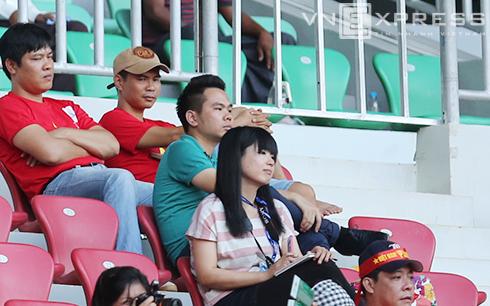 DONG5128 6141 1412921813 9172 1427190093 Nữ phóng viên Nhật quyết theo đuổi Công Phượng đến Malaysia