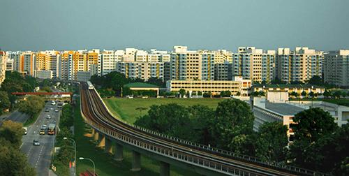 Những khu nhà ở công cộng quy mô lớn của Singaporequy định chặt chẽ về vệ sinh và trật tự. Ảnh: Wikipedia