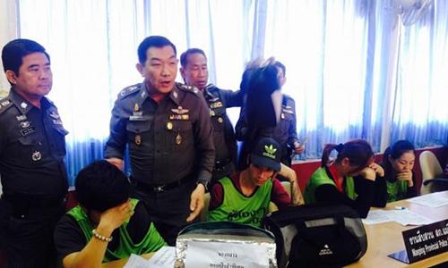 Năm người Việt trộm hàng hiệu ở Thái Lan bị bắt
