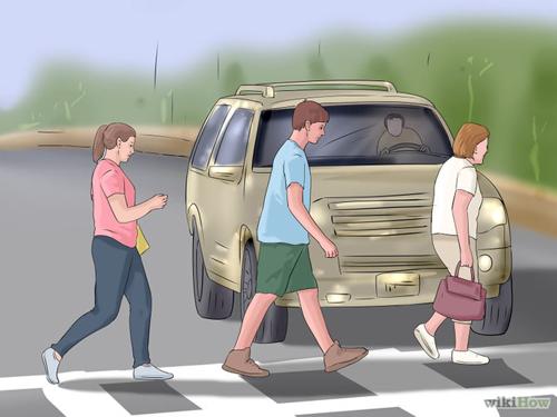 670px-Be-Safe-at-Traffic-Light-2793-2670