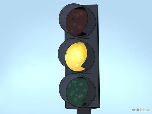670px-Be-Safe-at-Traffic-Light-3275-5453