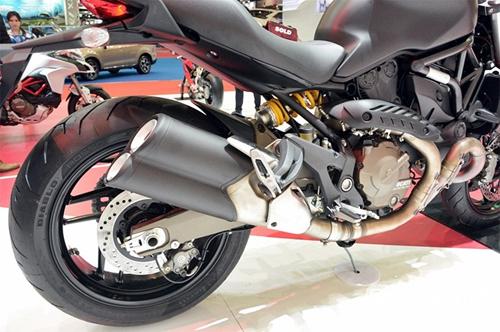 Ducati-Monster-821-7.jpg