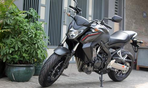 Honda-CB650F-1-6309-1427475981.jpg