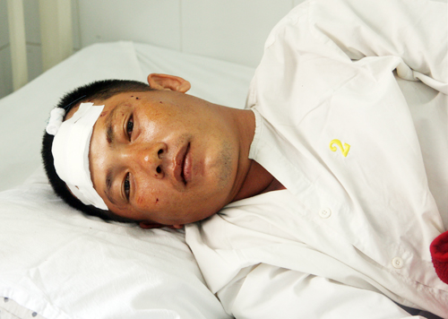 Anh Phương Anh bị chấn thương vùng đầu, chân. Ảnh: An Nhơn