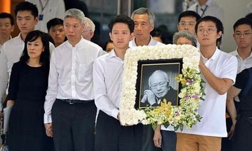 Những lời tạm biệt nghẹn ngào của gia đình với Lý Quang Diệu