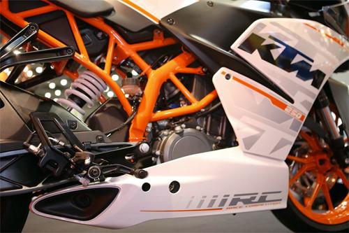 KTM-RC-250-3.jpg