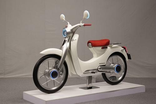 Honda EV-Cub - tương lai của huyền thoại