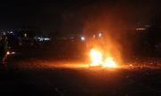 Người dân tạo tường lửa, tiếp tục chặn quốc lộ 1A
